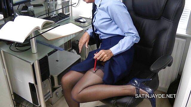 Un giovane dolce lesbica sorella video porno in alta definizione lei fidanzata con un lingua in il anus