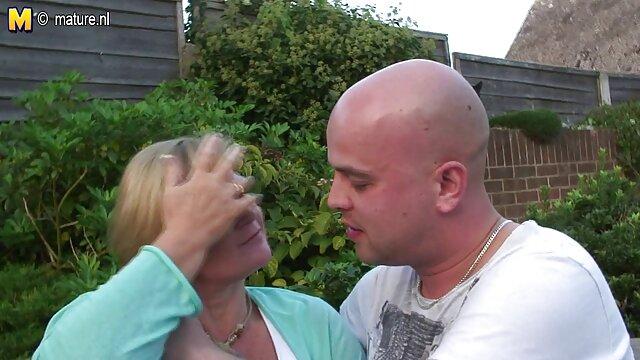 Spazzatura rossa per baciarlo, mamma e filme erotice gratis subtitrate sorella, il suo cane
