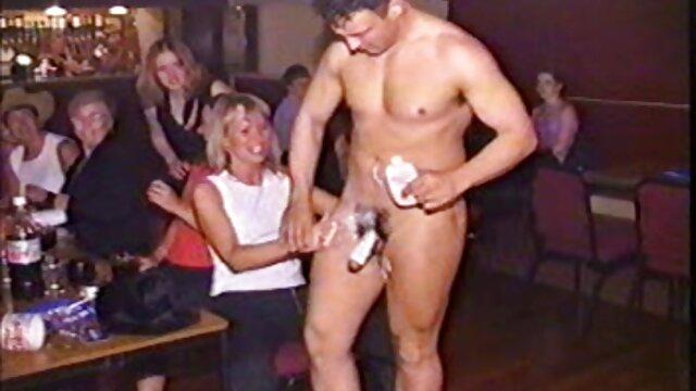 Una bella, premiato per un uomo che era insaziabile nella figa film porno italiano completo hd e la bocca è dolce in ogni postura depravazione che solo un ragazzo, che ha deciso di provare con le piccole cose, davvero caldo in questo