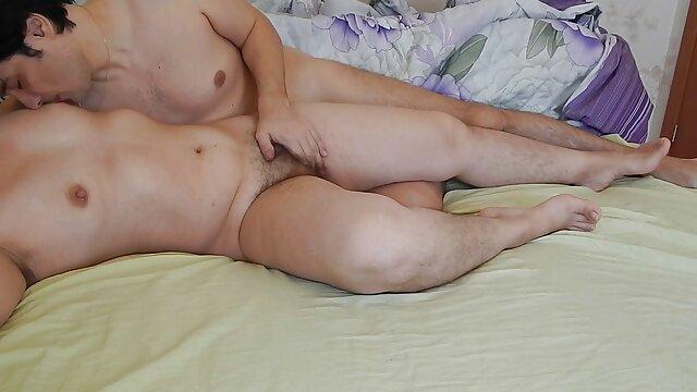 Lussuriosi rossa slut slut Sheena pagato film porno in hd italiani e scopata